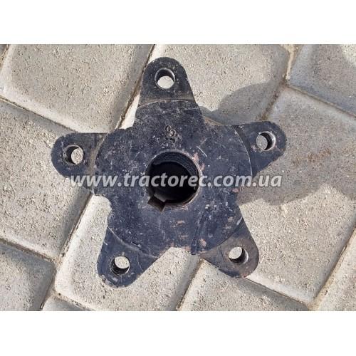 Ступиця колеса мототрактора під 5 шпильок та діаметр осі 39 мм (підходить до усіх тракторів із 16-ти дюймовими дисками)