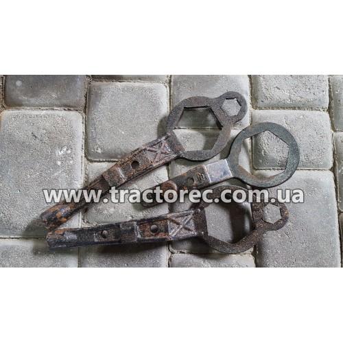 Ключ для знімання маховика у двигунах мотоблоків R185, R190, R195