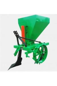 Картоплесаджалка однорядна тракторна ДТЗ КС-3 на плузі