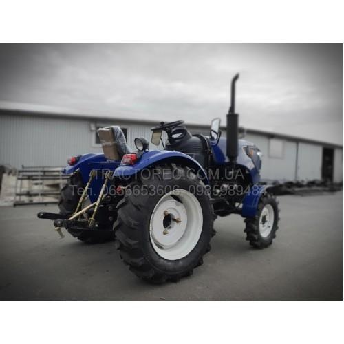 Трактор Терра Форс 244М, 3 циліндри, повнопривідний, широкі шини 11.2-20, редукторний міст, сучасний дизайн LED фари